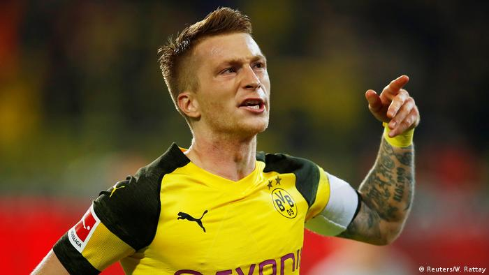 Fußball Bundesliga 10. Spieltag | Borussia Dortmund v Bayern München | Jubel Marco Reus (Reuters/W. Rattay)