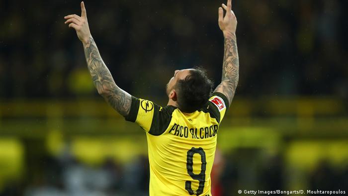 Fußball Bundesliga 10. Spieltag   Borussia Dortmund v Bayern München   Jubel Dortmund