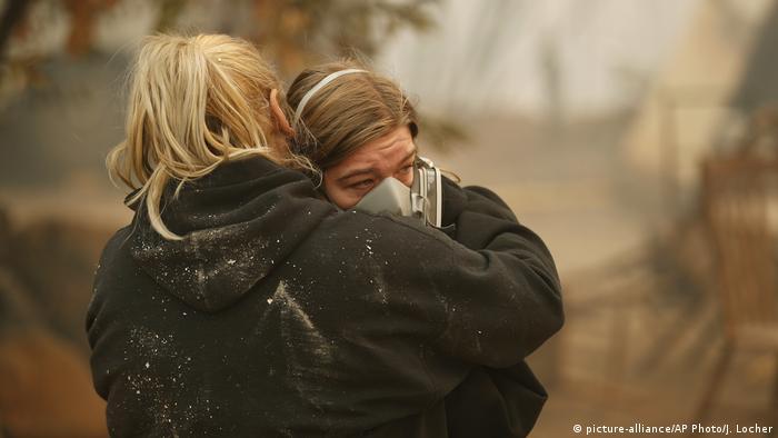 Waldbrände Kalifornien Paradise (picture-alliance/AP Photo/J. Locher)