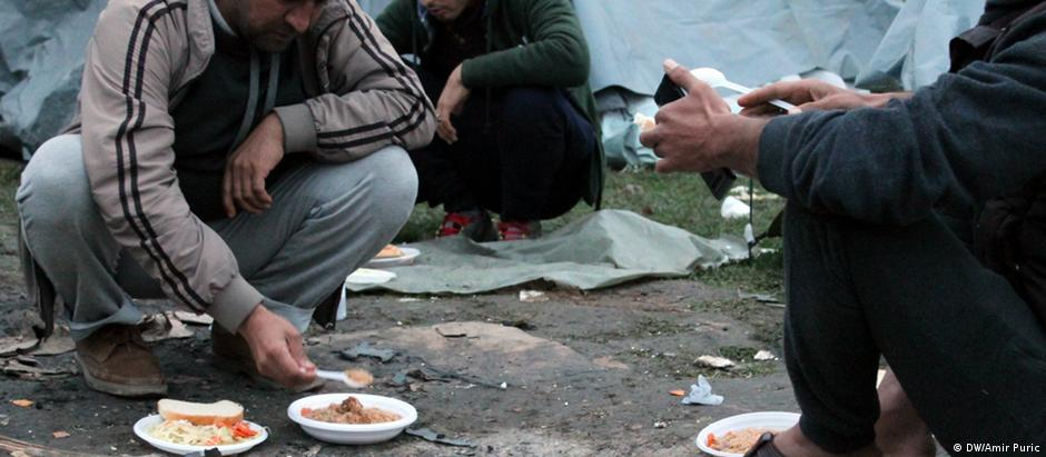 Refugees in Bosnia (DW/Amir Puric)
