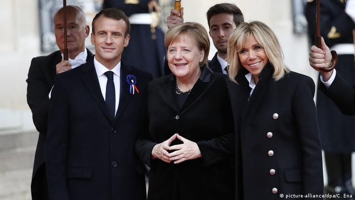 Merkel se reunirá con Macron el domingo en Berlín