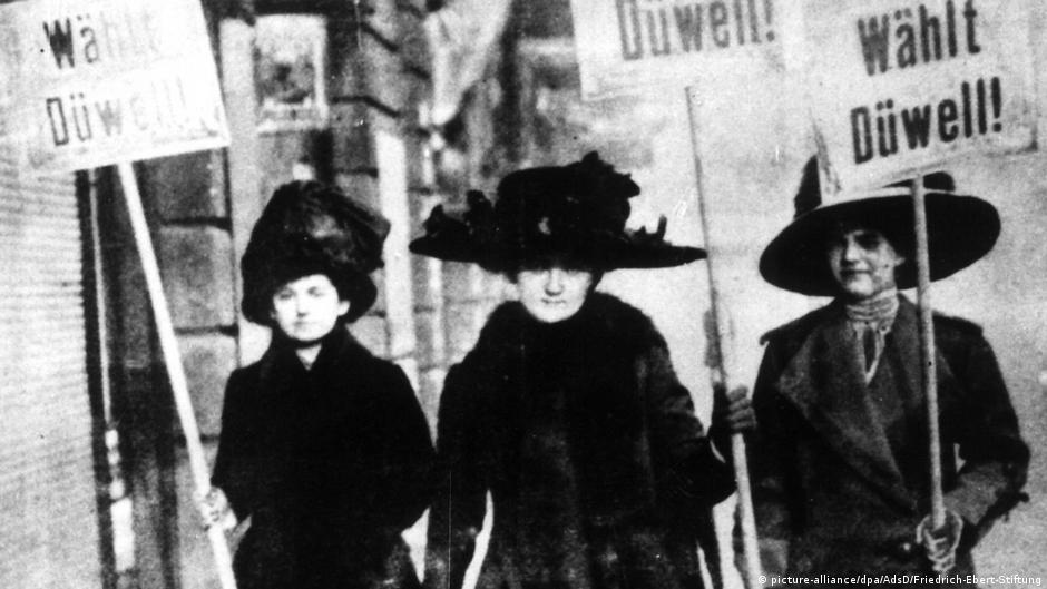 Zonja  me mirësjelle ju lutem  Bilanci 100 vjet pas dhënies së të drejtës së votës