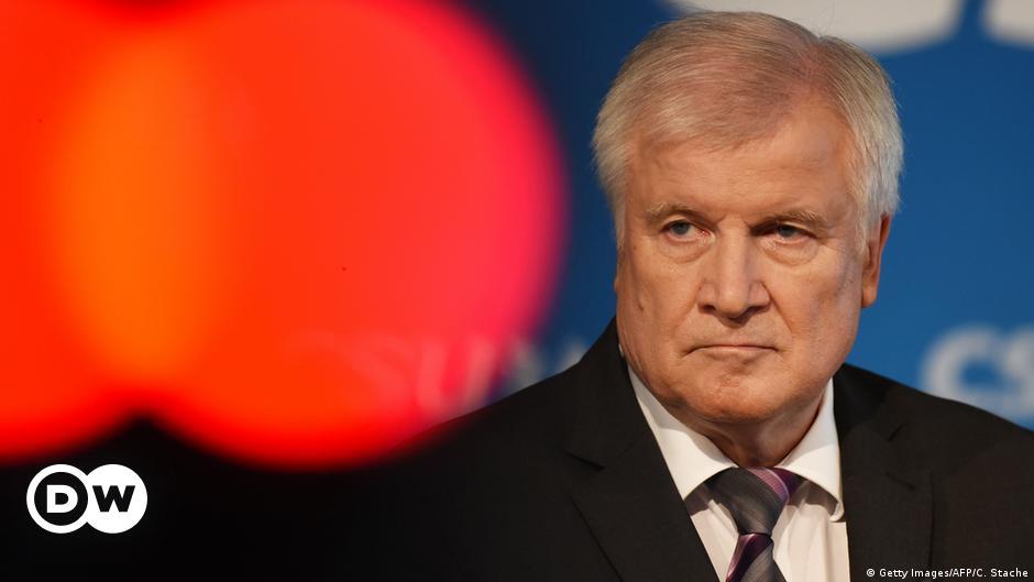 Seehofer will politische Karriere beenden