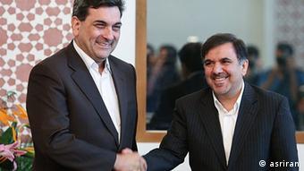 پیروز حناچی با اختلاف یک رأی در مقابل عباس آخوندی، به عنوان شهردار جدید تهران انتخاب شده بود