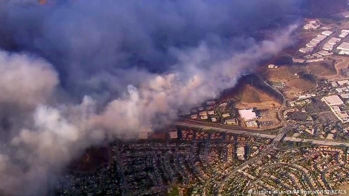 USA Waldbrände in Kalifornien (picture-alliance/AP Photo/CBS2/KCAL9)