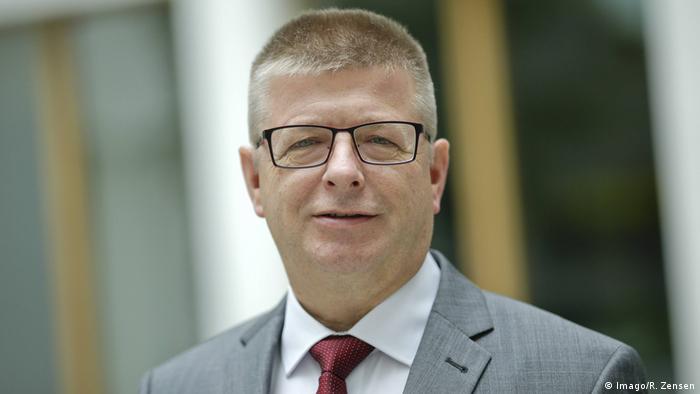 Vize Thomas Haldenwang wird neuer Präsident des Verfassungsschutzes |  Aktuell Deutschland | DW | 12.11.2018