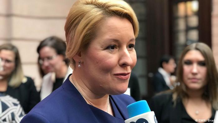 Franziska Giffey Bundesfamilienministerin (DW/K. Brady)