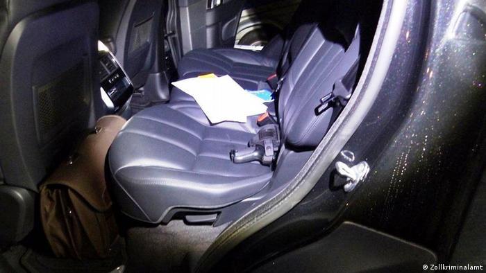 Cedar-Geldwäsche-Netzwerk - Waffe in einem Range Rover