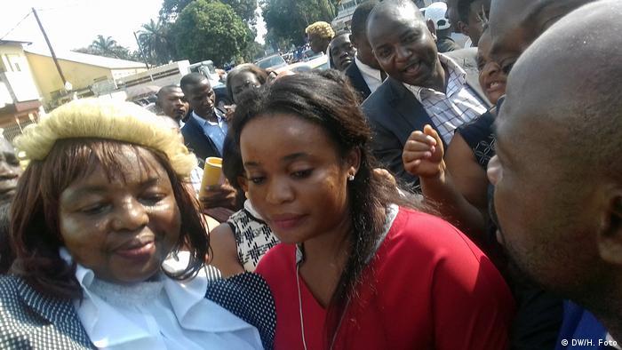 Mimi Mefo ist eine englischsprachige Journalistin aus Kamerun