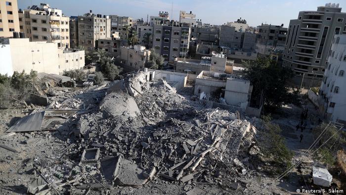 Israelischer Luftangriff auf den Gazastreifen (Reuters/S. Salem)