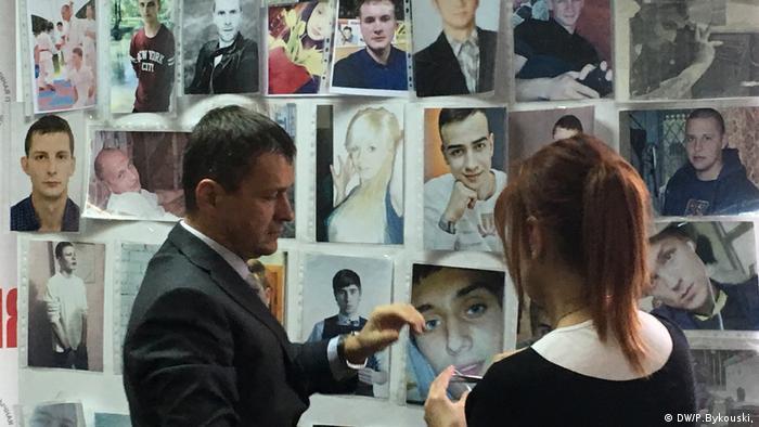 Правозащитник Олег Волчек и активист Движения матерей 328 Алла Котовская