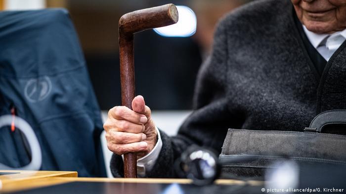 An elderly defendant in a Nazi crimes trial