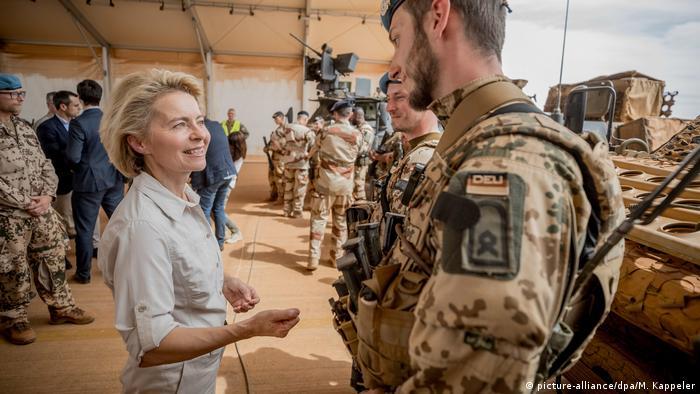 Verteidigungsministerin von der Leyen in Mali