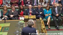 May facing the opposition bench in the House of Commons (picture-alliance/empics/PA Wire)