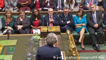 UK Brexit | Ministerpräsidentin Theresa May im Unterhaus