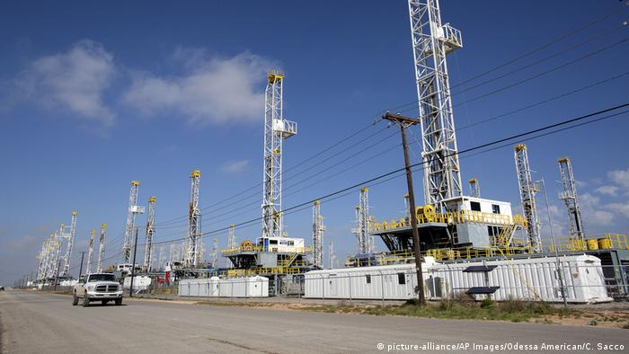 Oil drilling rigs in Texas