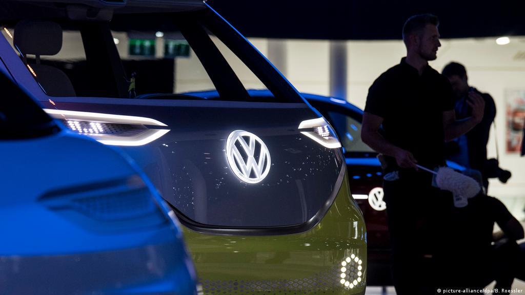 Volkswagen Finds Anomalies In Diesel Software Update News Dw 23 12 2018