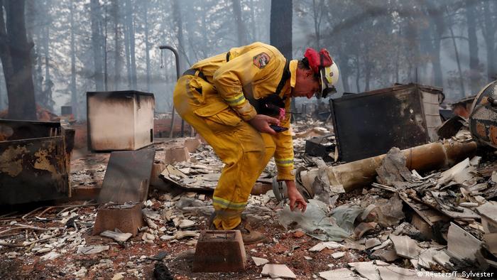 USA Waldbrände in Kalifornien   Abgebranntes Haus (Reuters/T. Sylvester)