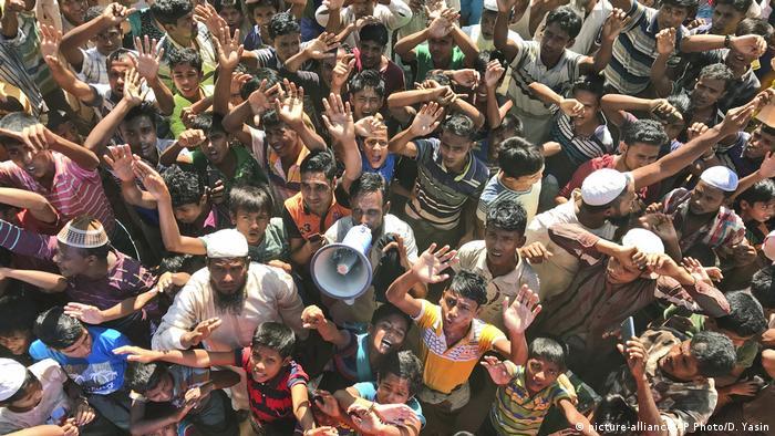 بنغلاديش - مظاهرات من أجل إعادة الروهينجا (صورة تحالف / AP Photo / D. Yasin)