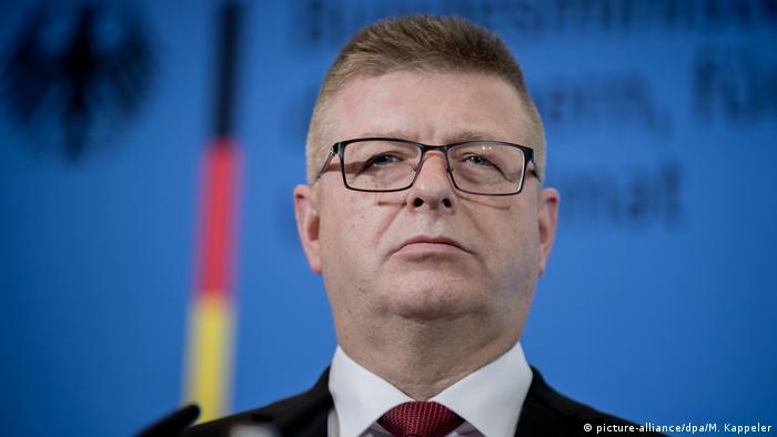Deutschland PK Verfassungsschutz Präsident Thomas Haldenwang (picture-alliance/dpa/M. Kappeler)