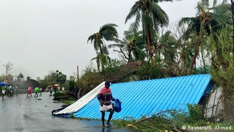Через потужний циклон в Індії загинуло 33 людини