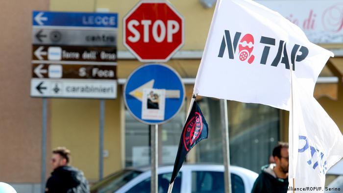 No TAP Protest (picture-alliance/ROPI/F. Serino)