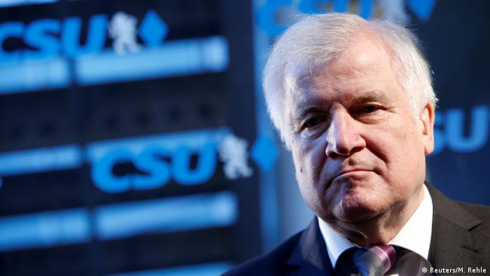 München: Innenminister Horst Seehofer auf einer PK der CSU (Reuters/M. Rehle)