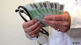 Symbolbild Korruption im Gesundheitssystem