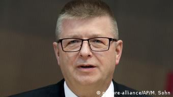 Berlin: Öffentliche Anhörung der Geheimdienstchefs - Thomas Haldenwang (picture-alliance/AP/M. Sohn)
