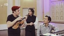 Aleksey Igudesman and Hyung-ki Joo play new intro music for Alondra de la Parra's #MusicaMaestra TV show!