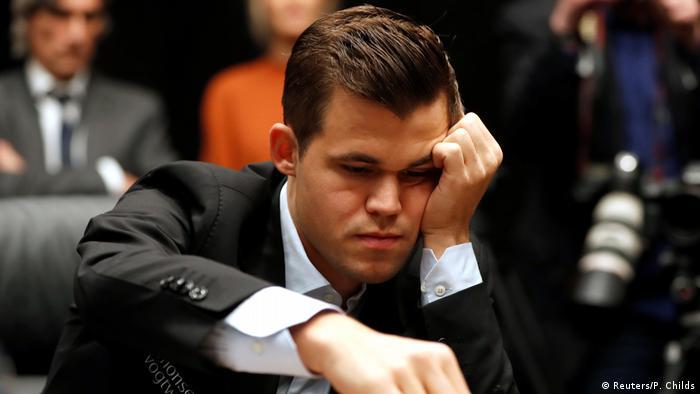 Schachweltmeisterschaft 2018 | Magnus Carlsen vs. Fabiano Caruana | 1. Partie