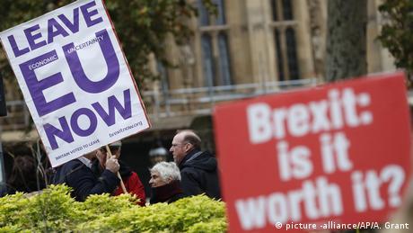 Τι λένε οι Βρετανοί τρεις μήνες πριν το Brexit
