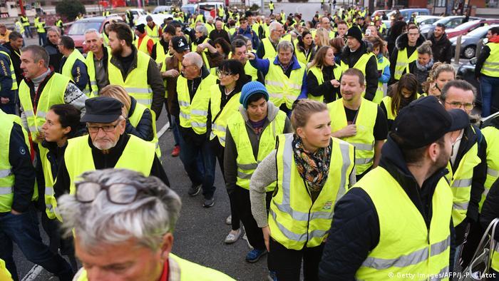 Frankreich Albertville Proteste gegen steigenden Benzinpreis (Getty Images/AFP/J.-P. Clatot)