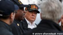 USA Trump besucht Brandgebiete in Kalifornien (picture-alliance/dpa/E. Vucci)