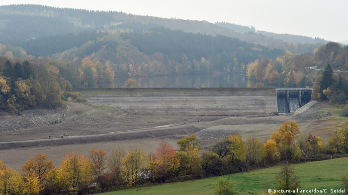 Deutschland Trockenheit | Biggesee (picture-alliance/dpa/C. Seidel)