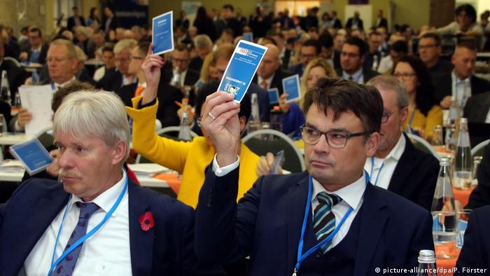 Głosowanie na zjeździe CDU w Saksonii-Anhalt (17.11.2018)