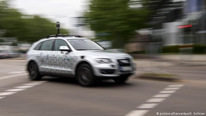 Deutschland Testfeld Autonomes Fahren in Karlsruhe