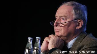 Κατανόηση για τις βρετανικές θέσεις εκφράζει ο Αλεξάντερ Γκάουλαντ