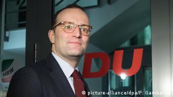 Jens Spahn (picture-alliance/dpa/F. Gambarini)