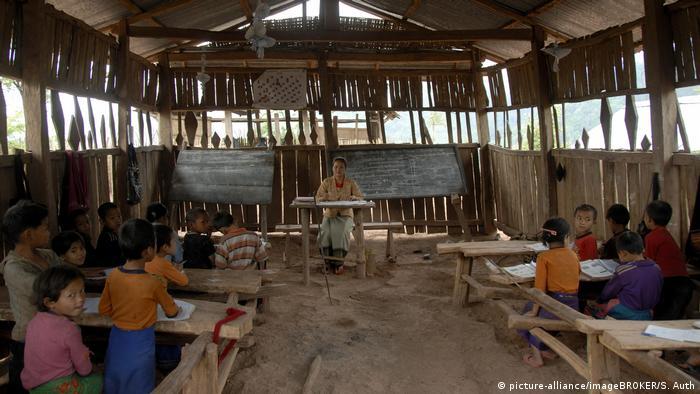 Asien einfache Dorfschule