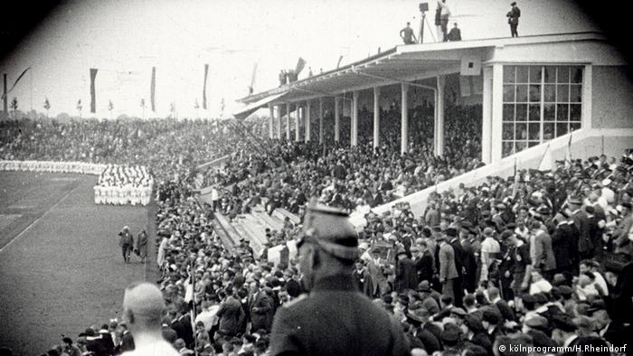 Alte Kölner Filmschätze | Stadion um 1930 (kölnprogramm/H.Rheindorf )