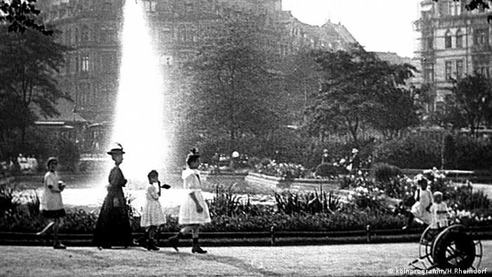 Ebertplatz mit Springbrunnen um 1900(kölnprogramm/H.Rheindorf )