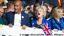 Großbritannien London Demonstration People's Vote March Chuka Umunna und Anna Soubry (picture-alliance/ZUMA Press/O. Millington)