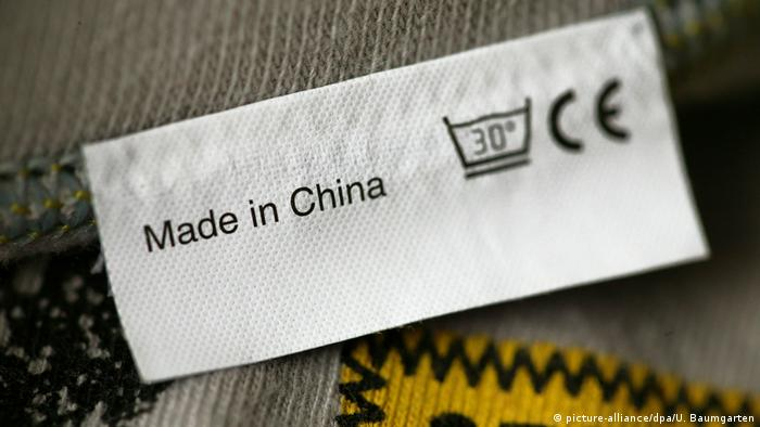 Schild - Made in China (picture-alliance/dpa/U. Baumgarten)