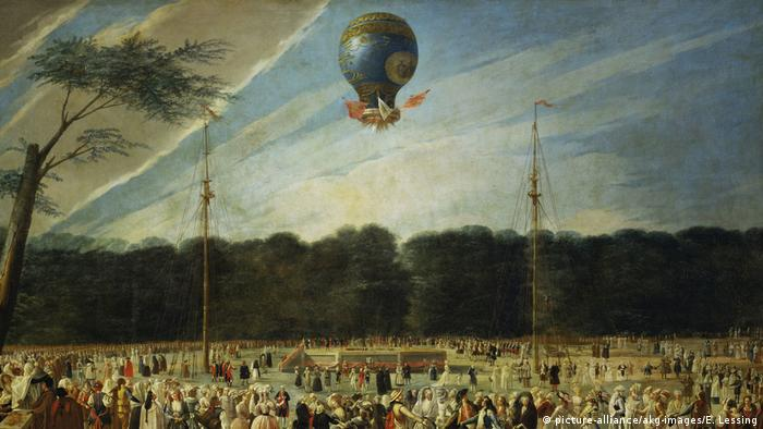 Montgolfiere First flight in 1783 (picture-alliance/akg-images/E. Lessing)