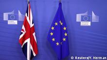 Brüssel Flaggen Treffen May & Juncker