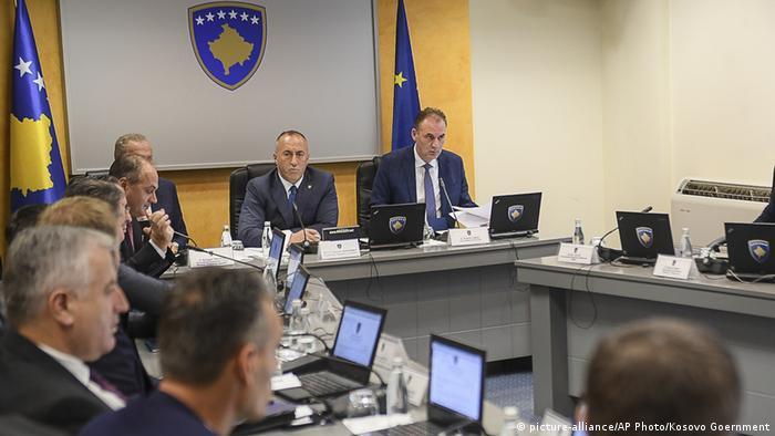 Kosovo erhöht Einfuhrzölle - Konferenz mit Ramush Haradinaj