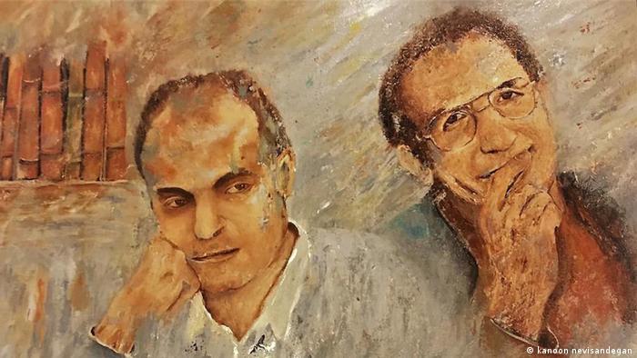 دو عضو کانون نویسندگان ایران در جریان قتلهای زنجیرهای در سال ۱۳۷۷ ربوده و کشته شدند. وزارت اطلاعات آنها را پیشتر چند بار احضار و بازجویی کرده بود. جسد محمد مختاری، شاعر و نویسنده در بیابانهای امینآباد تهران پیدا شد و جنازه جعفر پوینده، جامعهشناس و مترجم آثار فلسفی و ادبی، در روستای بادامک در شهریار. هر دو را خفه کرده بودند.