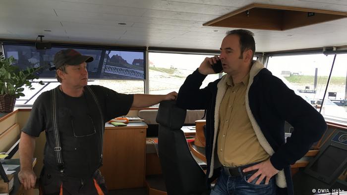 Torsten Stuntz Binnenschiffskapitän auf der Stella Maris