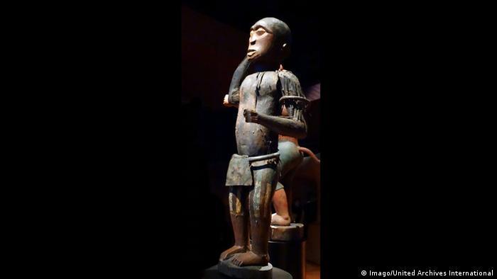 BG Afrikanische Raubkunst | Statue des Königs Ghezo